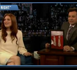 Julianne Moore s'explique chez Jimmy Fallon.