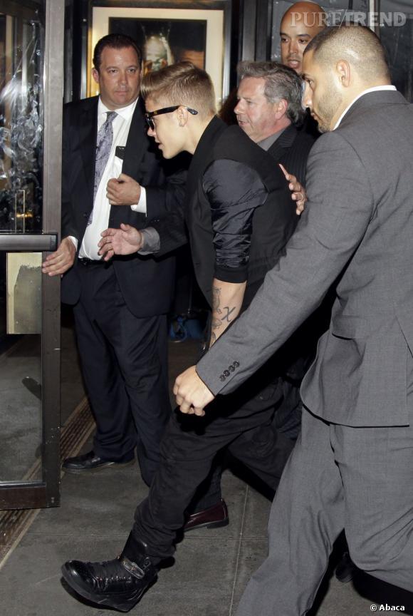 Si Justin Bieber pensait pouvoir faire la tournée des clubs en douce, c'est rapé !