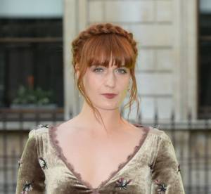 Florence Welch vs le podium : La robe longue en velours Louis Vuitton