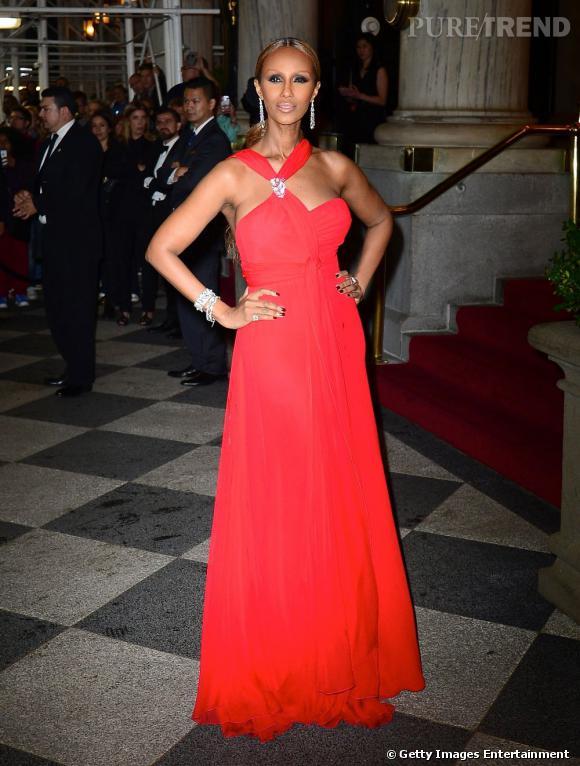 Iman à la soirée de l'amfAR du 13 juin dernier au Plaza Hotel de New York.
