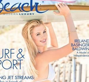Ireland Baldwin en bikini pour Beach magazine : un ete torride