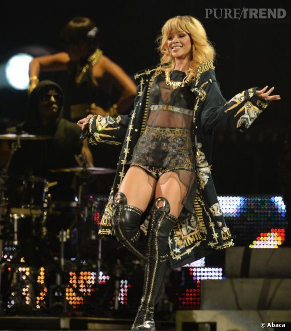 Rihannaa été rappelée à l'ordre par Jay-Z pour respecter ses fans.