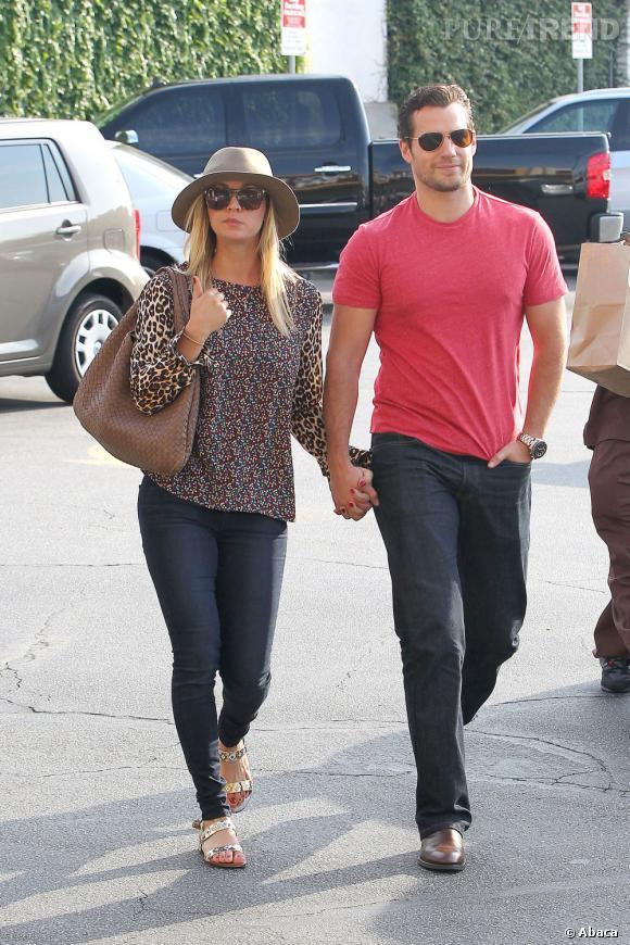 Kaley Cuoco et Henry Cavill, le nouveau couple d'Hollywood.