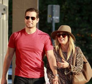 Kaley Cuoco et Henry Cavill, le nouveau couple le plus glamour d'Hollywood ?