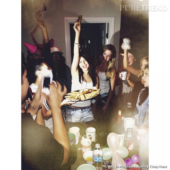 selena gomez a eu droit à des tacos comme gâteau d'anniversaire !