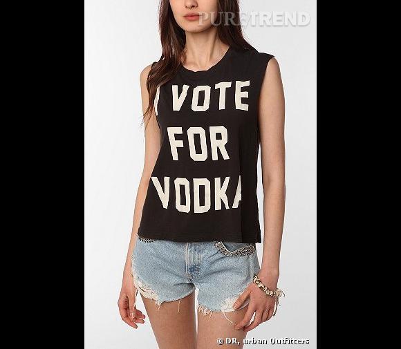 Les t-shirts alcoolisés d'Urban Outfitters qui ont fait polémique l'été dernier.