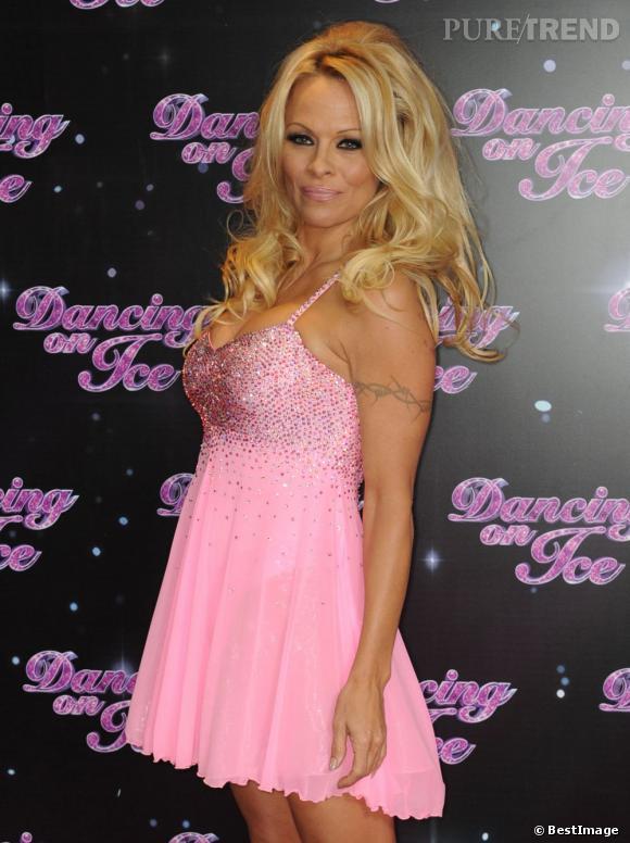 Pamela Anderson a eu ses tout premiers implants mammaires en 1989, à l'âge de 22 ans.