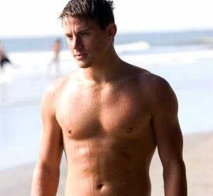 Channing Tatum, 20 ans, torse nu : la video