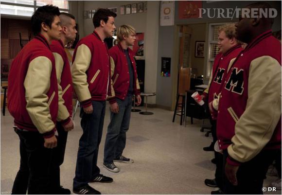 """Le casting de """"Glee"""" prépare un épisode hommage à Cory Monteith."""
