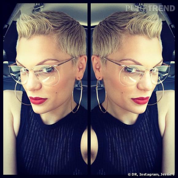 La boule à zéro il y a quelques mois, Jessie J commence à récupérer un peu de longueur et en profite pour donner ses conseils coiffure sur Instagram.