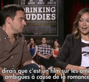 """Olivia Wilde et Jake Johnson parlent de """"Drinking Buddies"""", leur nouveau film qui parle de relations ambigües... et de bière."""