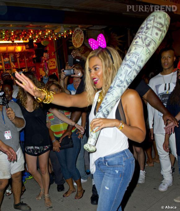 Beyoncé a continué le tournage de clip tard dans la nuit et avait même ajouté un accessoire !