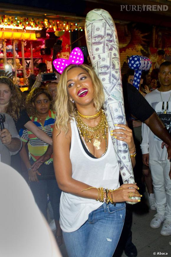 Beyoncé semble bien s'amuser à taper les gens !