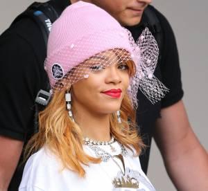 Rihanna et ses bonnets : it-accessoire de l'automne a copier