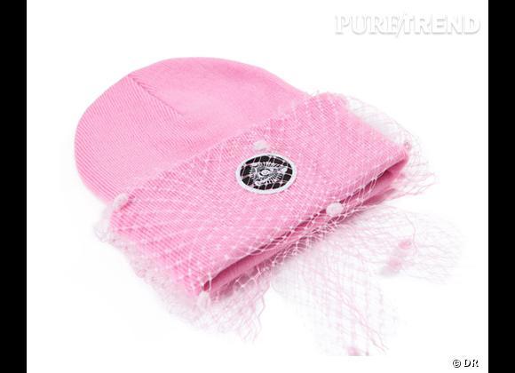 It-accessoire de l'automne : le bonnet !    Bonnet Mesh Bow, Silver Spoon Attire, environ 95 €    Silverspoonattireshop.com