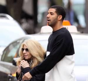 Drake est également un vrai fils à maman.