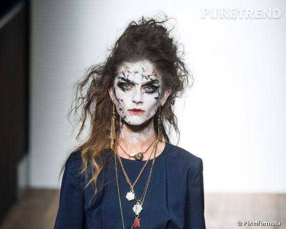 Le beauty look gothique - Défilé Vivienne Westwood Red Label printemps-été 2014