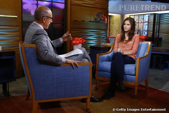 De retour à Seattle depuis 2011, Amanda Knox tente de reprendre une vie normale. Elle a écrit un livre sorti au printemps 2013 et n'assistera pas à son nouveau procès qui se déroule à Florence.