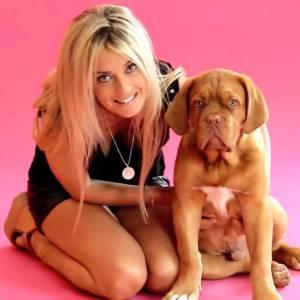 Eve Angeli est de retour avec un EP de 5 titres financés par la internautes de My Major Company.