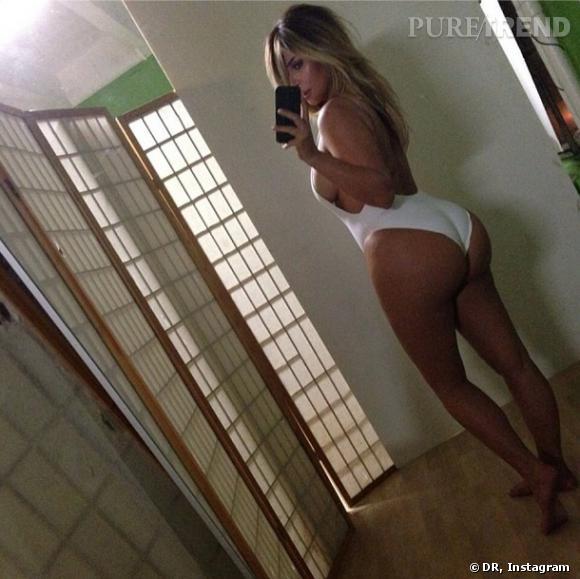 Kim Kardashian en maillot de bain sur Instagram.