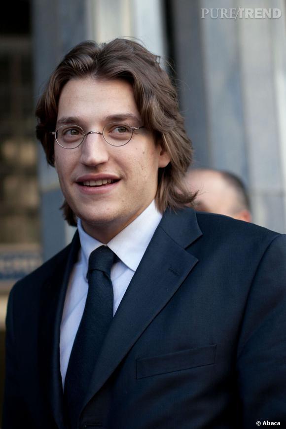Jean Sarkozy a enfin été diplômé de son master de droit, à 27 ans.