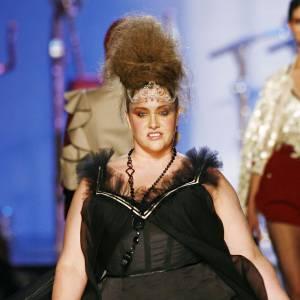 Velvet d'Amour lors du défilé Jean-Paul Gaultier collection Printemps-Été 2007.