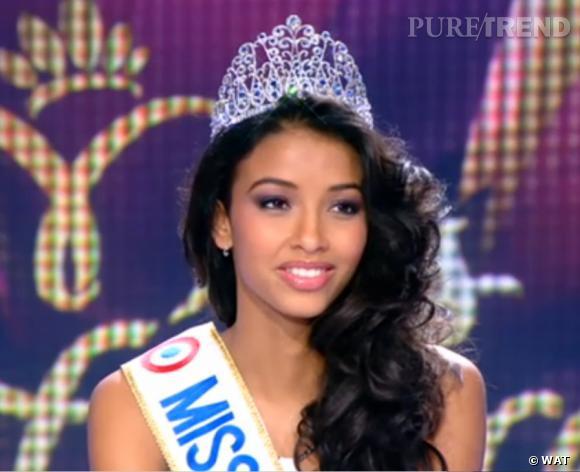 Flora Coquerel, Miss France 2014, sur le plateau du 13h de TF1.