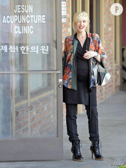 Gwen Stefani, toujours aussi zen pour sa grossesse et surtout, très tendance !