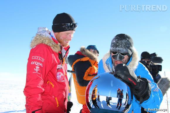 Depuis qu'il est revenu de son expédition au Pôle Sud, le Prince Harry est nettement plus viril.