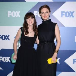 Zooey et Emily Deschanel, bien coordonnées pour la soirée Fox !