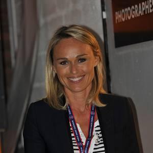 Cécile de Ménibus en avril 2011, lors d'un match PSG-Lyon.