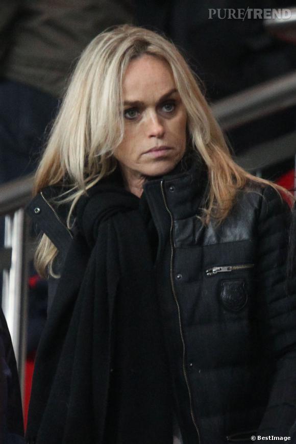 Cécile de Ménibus, un brin anxieuse lors du  match PSG contre Montpellier au Parc des Princes à Paris, le mercredi 22 janvier 2014.