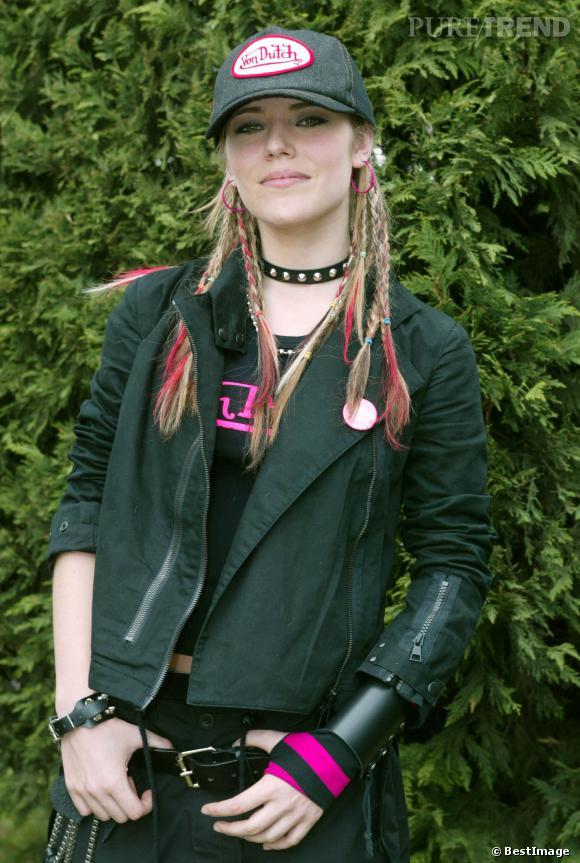 Emma Daumas, un style punk fluo à ses débuts...