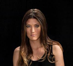 "Jennifer Carpenter sera dans la série ""Sea of Fire"" prochainement."