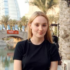 Déborah François à Dubaï pour le festival du film de Dubaï, en 2005. Elle y était présente pour le film L'Enfant.
