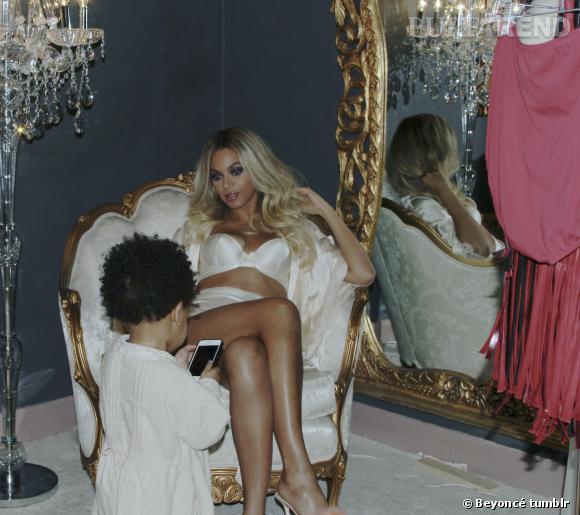 Beyoncé et Blue Ivy prennent la pose.