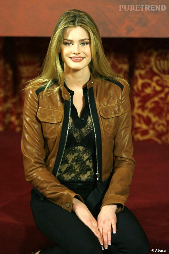 Vanessa Hessler, la veste en cuir parfaite.