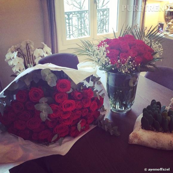 Ayem file le parfait bonheur et côté coeur tout va bien à en juger par les roses qu'elle a reçues pour la Saint Valentin 2014.