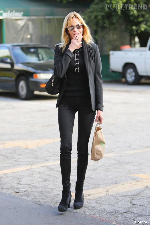 Melanie Griffith est aussi mince qu'un top model de 20 ans alors qu'elle en a 56.