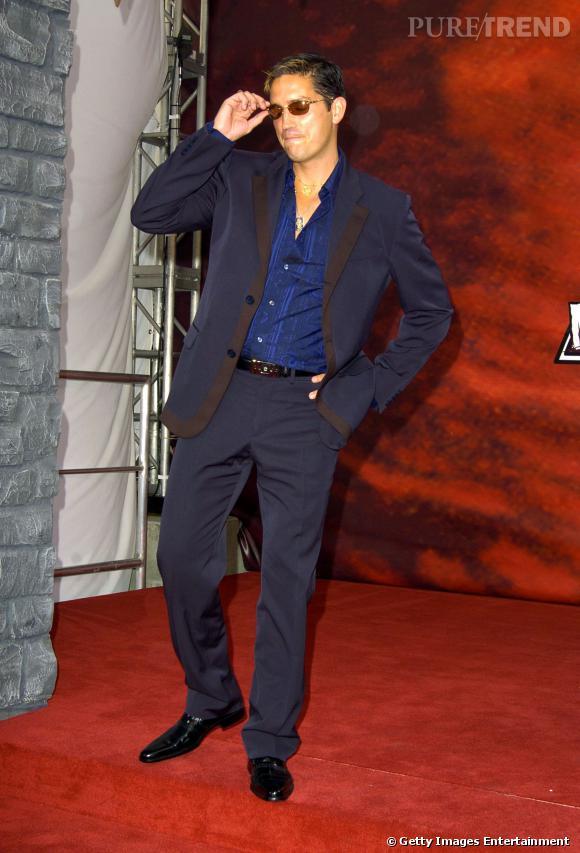 Jim Caviezel façon playboy de supermarché en 2004.