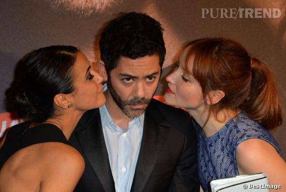 Manu Payet et ses actrices dans Situation amoureuse : c'est compliqué, Anaïs Demoustier et Emmanuelle Chriqui.