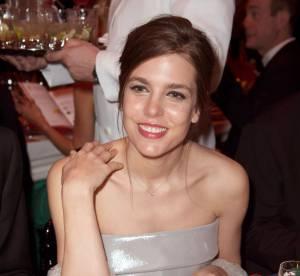 Bal de la rose 2014 : Charlotte Casiraghi, la plus belle des mamans en Chanel