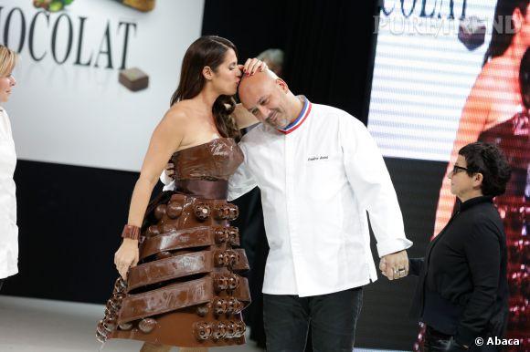 Frédéric Anton et Elisa Tovati lors du Salon du Chocolat.