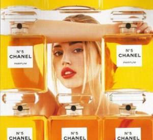 Estella Warren : qu'est devenu le petit chaperon rouge de Chanel ?