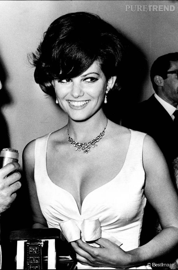 Claudia Cardinale en 1967. Retour sur le parcours d'une icône beauté en 30 photos.
