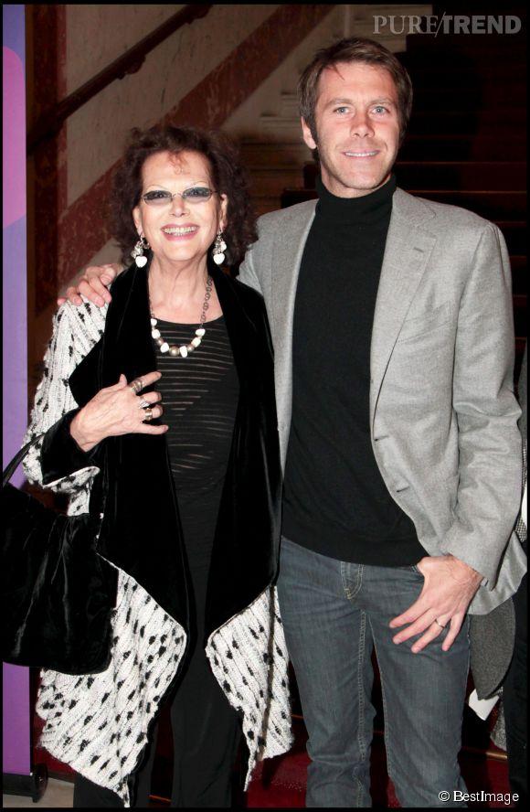 Claudia Cardinale et le Prince Emmanuelle Philibert de Savoie au Théâtre du Châtelet en 2011.