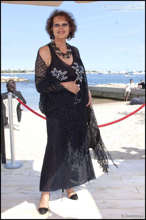 Claudia Cardinale lors du festival de Cannes de 2011. Elle y a reçu n prix pour l'ensemble de sa carrière.