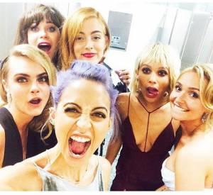 Nicole Richie avec Cara Delevingne, Zooey Deschanel, Riley Keough Rocks, Zoë Kravitz et Hayden Panettiere se préparent à aller au Met Ball 2014.
