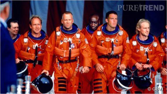 Bruce Willis sacrifie sa vie pour sauver le monde dans le film Armageddon en 1998.