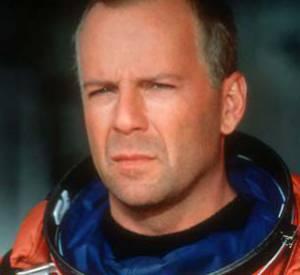 Grâce à ses rôles de héros au cinéma, Bruce Willis est devenu le sauveur de l'Amérique. Ici dans le film Armageddon, sorti en 1998.